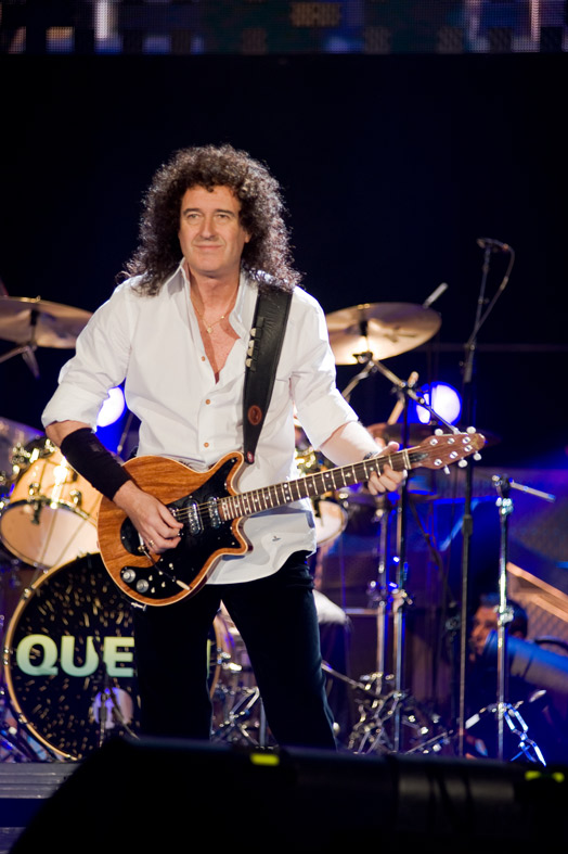 Brian May onstage with 'Queen + Paul Rodgers' Moscow Nov 2008