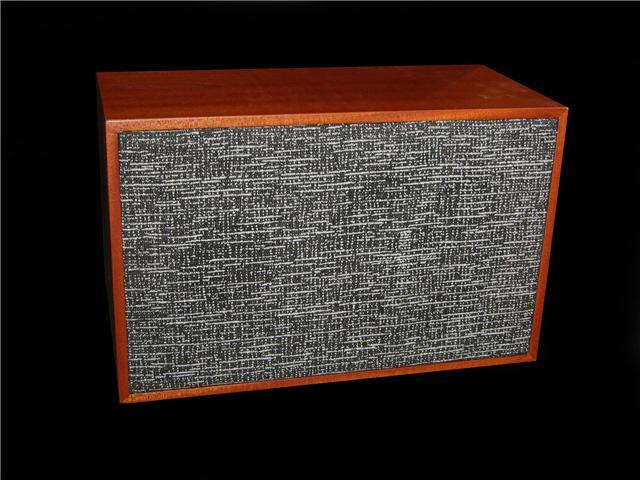 Deacy Amp replica