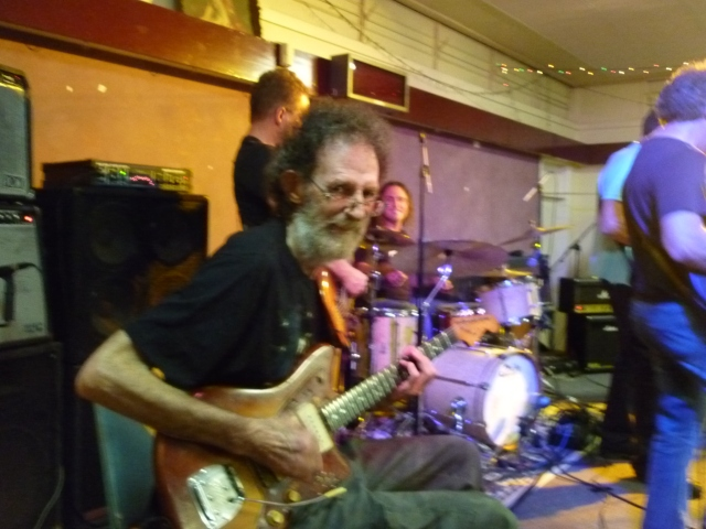 Romney Godden at farewell gig 23rd Nov 2013 Kempsey NSW