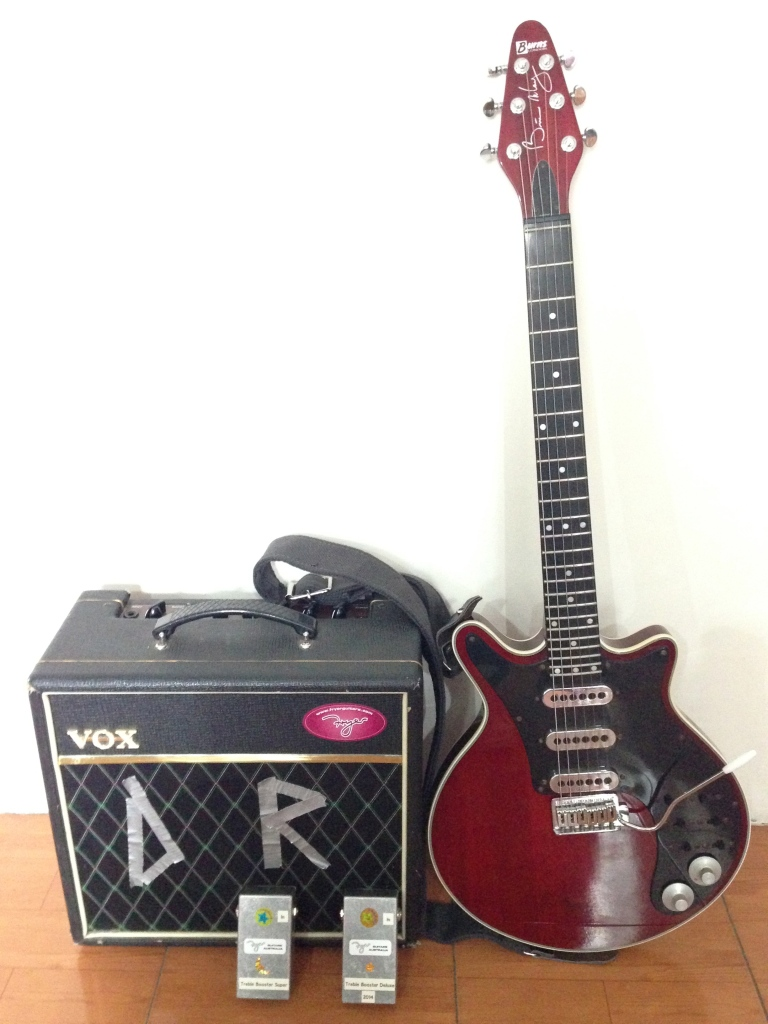 Danny Rodd: guitar, pedals and Pathfinder amp