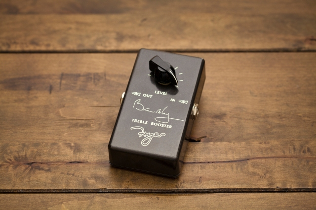 Brian May Fryer Treble Booster 1999 version; pic by Luke Holwerda