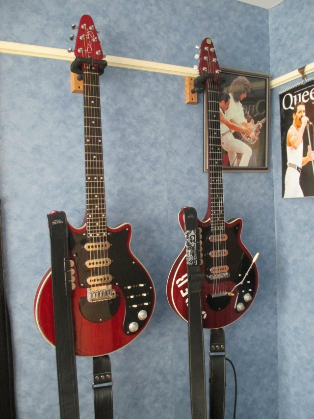 Luke Timmins: Red Special guitars