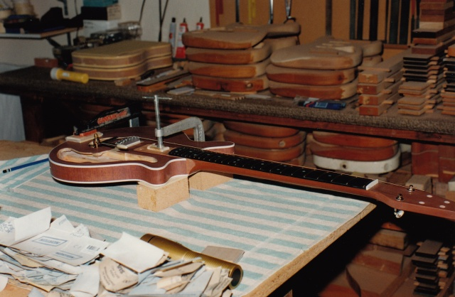 John neck and body alignment setup before glueing #3