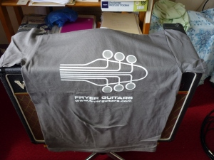 fryer-guitars-t-shirt-charcoal-2